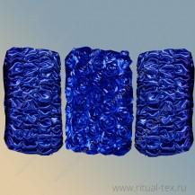 Атлас с крупными нашивными розами синий, бок атлас синий